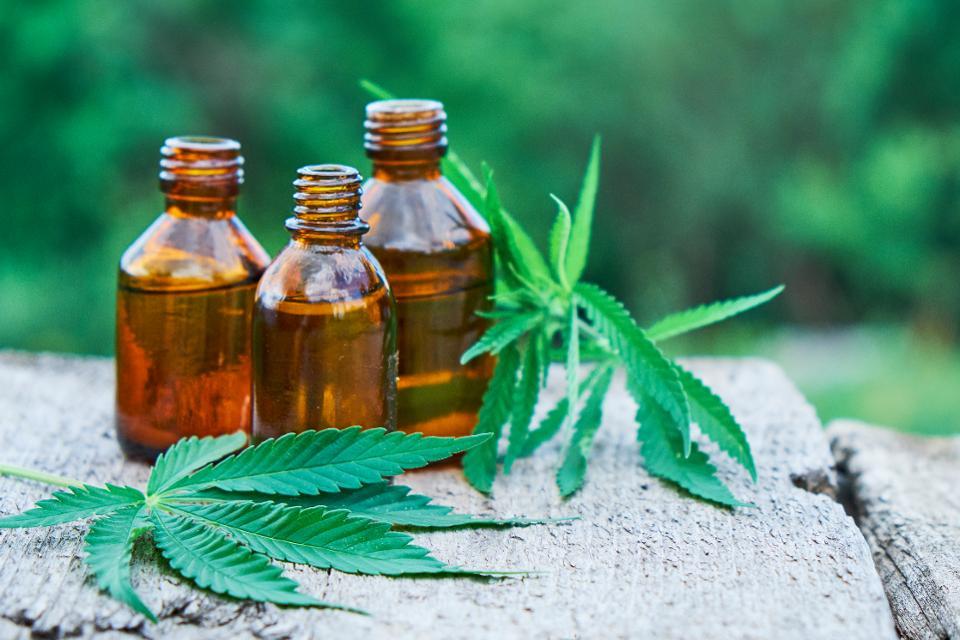 Cannabis Oil - farmacia - comentarios - efeitos secundarios